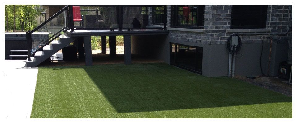 Synthetic Grass in a backyard